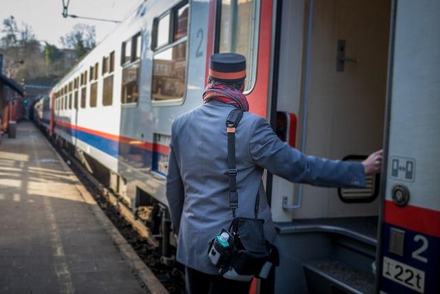 Trains incomplets sur la ligne Mons-Bruxelles